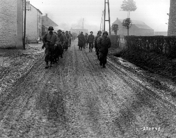 A picture of US 28th Infantry Division troops in Bastonge, Belgium