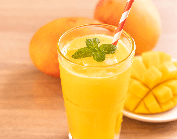 A picture of a mango drink