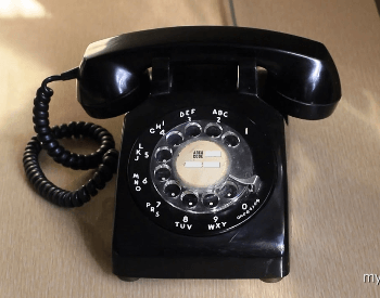 A picture of a 20th century rotary telephone