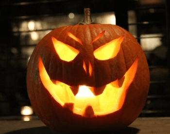 A picture of a pumpkin carved for Halloween