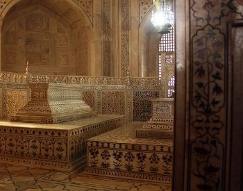 A picture of a tomb inside the Taj Mahal