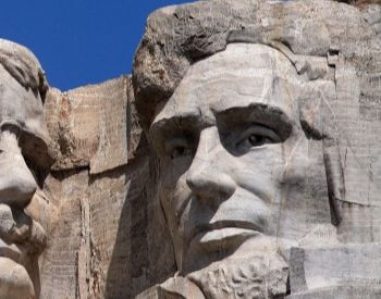 A close-up picture of Abraham Lincoln on Mount Rushmore