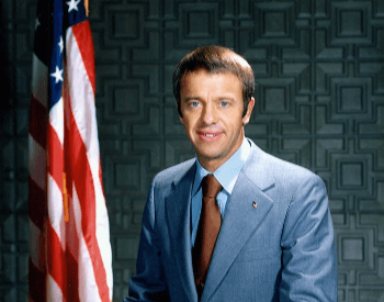 A picture of a Alan Shepard in a business suit portrait on January 1st, 1971