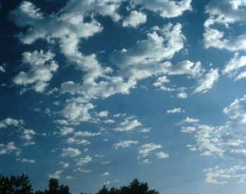 A picture of altocumulus clouds