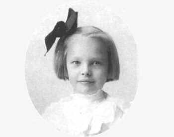 A picture of Amelia Earhart as a young child