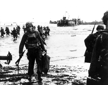 A picture of U.S. troops landing on Utah Beach on D-Day