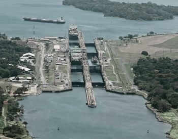 An ariel picture of the Gatun Locks at the Panama Canal