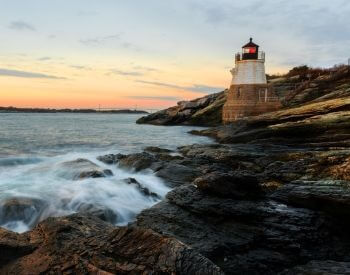A picture of Castle Hill Lighthouse, a famous lighthouse in Rhode Island