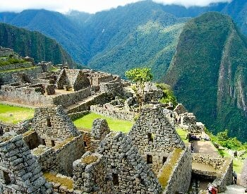 A picture showing a close-up view of buildings at Machu Picchu