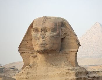 A close-up picture of the Sphinx's head