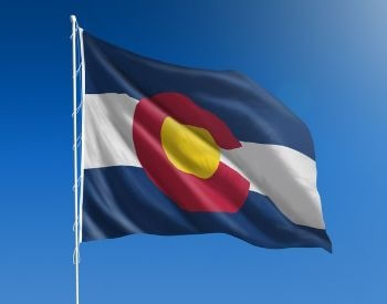 A picture of the U.S. state flag of Colorado
