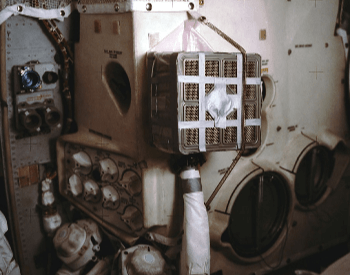 A picture of the device used to filter carbon dioxide on Apollo 13