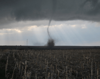 A Picture of an EF0 tornado on 04-14-2012