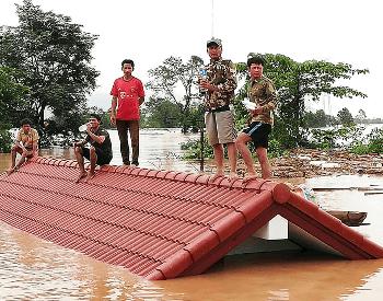 Collapsed Dam Flooding