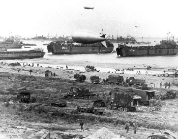 A picture of the Allies beachhead in France on June 6th, 1944