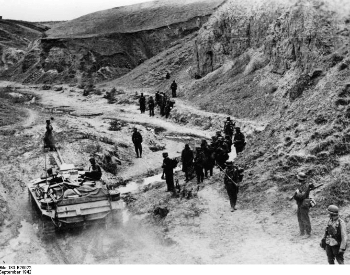 A picture of German soliders marching to Stalingrad in 1942