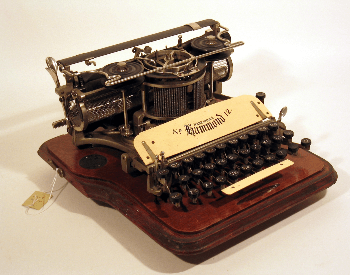 A picture of the Hammond No. 12 typerwriter from 1905