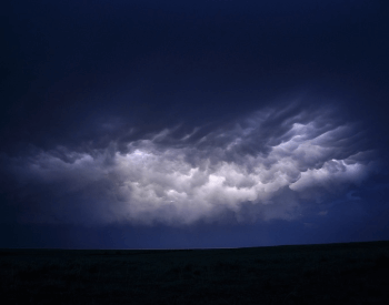 Intracloud lightning within one cloud