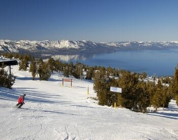 A picture of Lake Tahoe during the winter