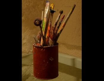 A picture of paint brushes used by Vincent Van Gogh