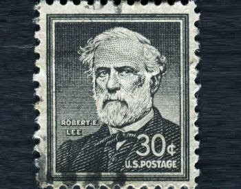 A picture a commemorative Robert E. Lee stamp