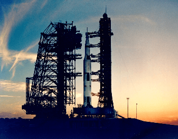A picture of the rocket used for the Apollo 13 mission