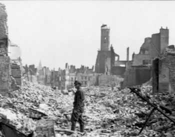 A picture of Calais, France destroyed by German bombings