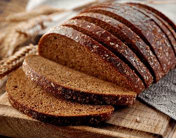 A picture of rye bread slices