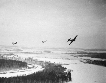 A picture of Soviet aircraft in formation in December 1941
