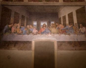 A picture of The Last Supper mural painted by Leonardo Da Vinci