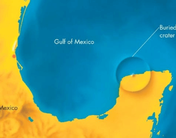A diagram showing where the size and location of the Chicxulub crater