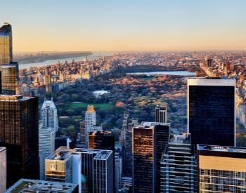 A picture of the view of Central Park from a building