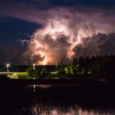 A Picture of a Thunderstorm