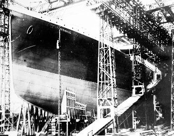 A picture of the Titanic being built in dry dock
