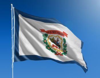 A picture of the flag for the U.S. state of West Virginia