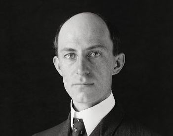 A picture of Wilbur Wright in a 1905 picture