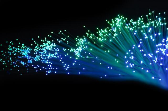 fiber optics facts for kids